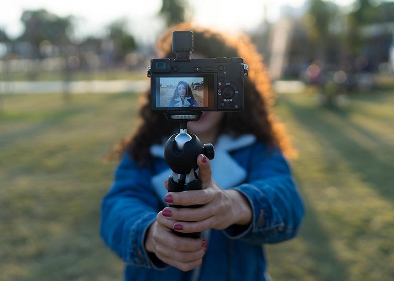 camera garden selfie