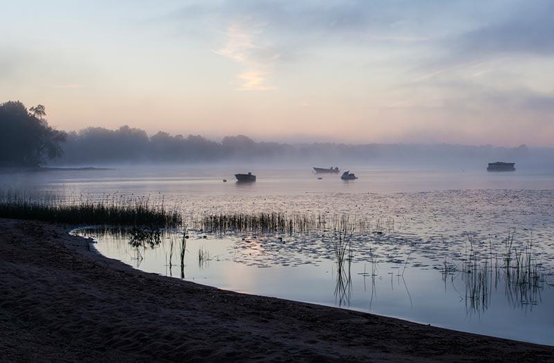 ottawa river dawn